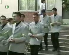 Középiskolai ballagások 2002.