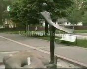 Köztéri szobraink - Ligeti Erika - Szirén (Hárpiácska)