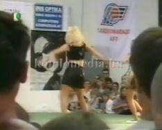 Komló szépe 2002 - szépségverseny (Lakatos Eszmeralda, Orosz Erika)