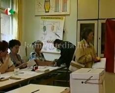 Népszavazásról önkormányzati tennivalókról kérdeztük a jegyzőt Dr. Vaskó Ernőt . (Dr. Vask