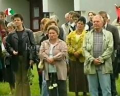 Székely kapui megemlékezés a komlói erdélyi kör és a Jobbik Magyarország tagjaival. (Dr. B