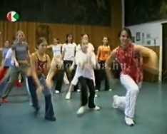 Eurodance tánccsoport próbáján jártunk. (Vikor Levente )