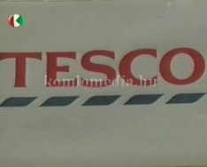 Tesco áruház átadása (Paul Kennedy)