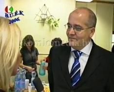 Államtitkári látogatás a gyermekotthonban (Dióssy Gábor)