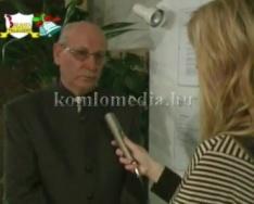 Komlói Alkotók és Alkotásaik című könyv bemutatója (Dr. Iván László)