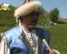 A Komlói Főnix Hagyományőrző és Íjász Baráti Kör (Kaluzsa, Peti, Deleznyák, Gyurkó, Ignác,