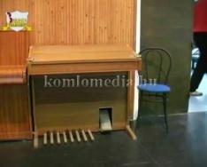 Megújult a Komlói Színház és a Közösségek Háza (Korbuly István, Horváth Lászlóné)