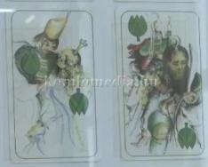 Kártya és csésze kiállítás volt látható a Komlói Múzeumban (Barbarics Ildikó, Barbarics Ta