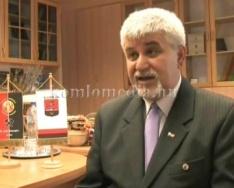 Sikeres évet zárt a Komlói Önkormányzat (Polics József)