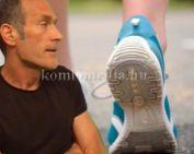 Élete legnehezebb versenyén van túl a gyalogló (Czukor Zoltán)
