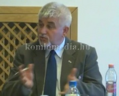 Kerekasztal-beszélgetés a polgármester és a jelöltek között