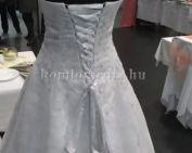 A III. Esküvői ruha kiállításon jártunk (Héjjas Magdaléna, Polics József)