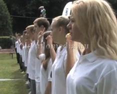 Ünnepségre készülnek a polgárőrök (Deák Imre)