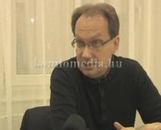 Fogadóórát tartott az államtitkár úr (Dr. Hoppál Péter)