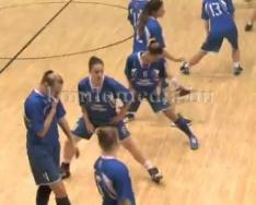 A Petőfi SE csapata ellen játszottak kosaras lányaink (Czukor János, Páncél Tímea)