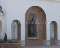 Új külsőt kapott a Templom tér (Schalpha Anett)