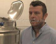 Komlóból komlóiaknak készül a komlói sör (Schmidt Ferenc)