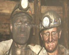 Ritka bányászfelvételekből nyílt kiállítás a múzeumban (Klárik István, Dr. Hoppál Péter)