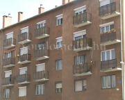 A lakók dolga a kukák karbantartása (Szeitz Gábor)