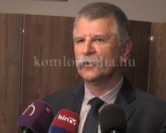 Kövér László tartott lakossági fórumot Komlón