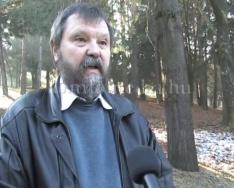 Emléktáblát kapott Gyöngyössy Zoltán az arborétumban