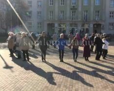 A szenior örömtánc csoport fellépése 2. rész