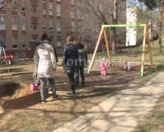 Több szilvási szülő szeretne korszerűbb játszótereket a városrészükben