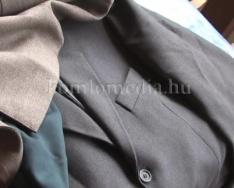 Újabb ruhaosztást szervezett az MSZP (Dr. Barbarics Ildikó)